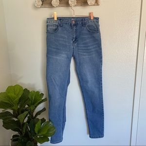 Forever 21 Light-Medium Wash Hi Rise Skinny Jeans